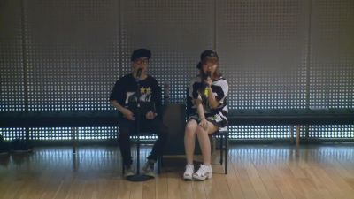 Akdong Musician - 'give Love' Dance Practice