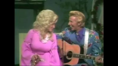 Dolly Parton - Lost Forever In Your Kiss