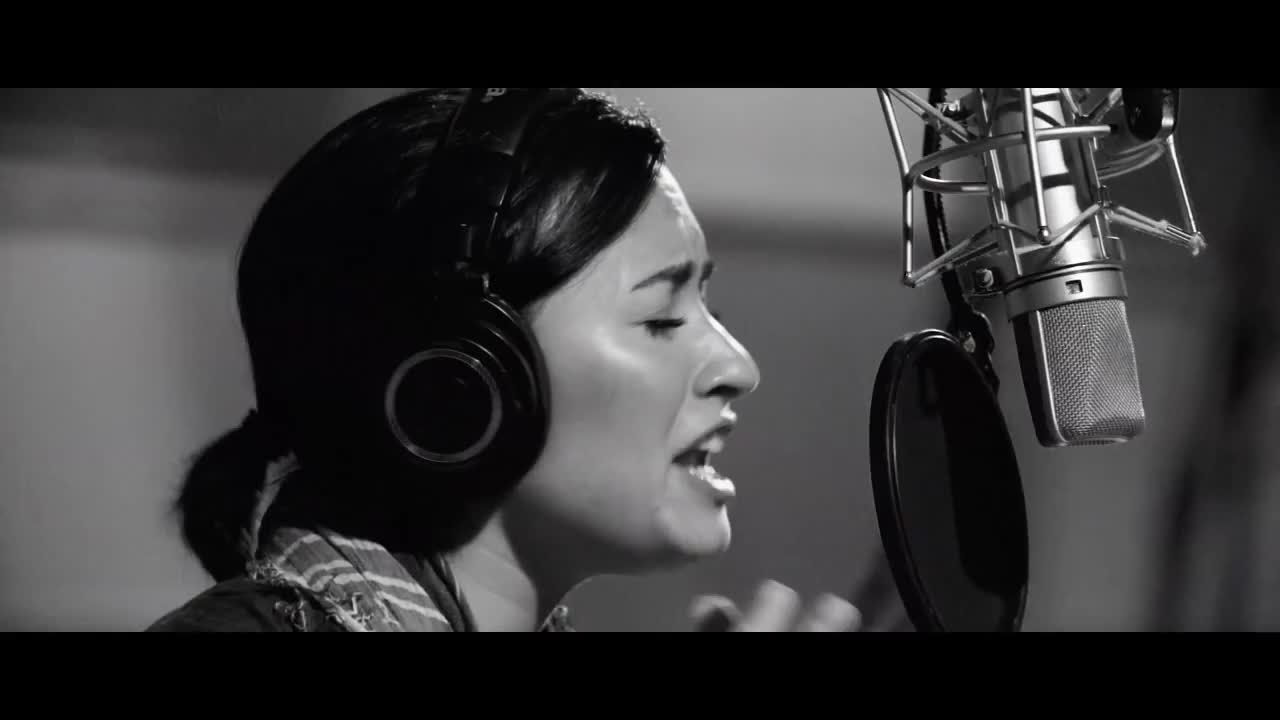 Demi Lovato – Body Say. На музыкальном портале Зайцев.нет Вы...