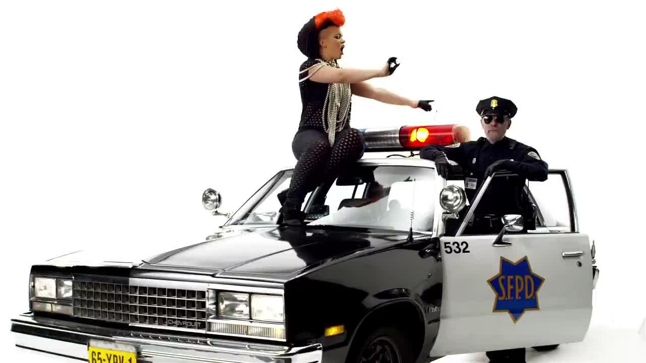 Mr policeman песня скачать