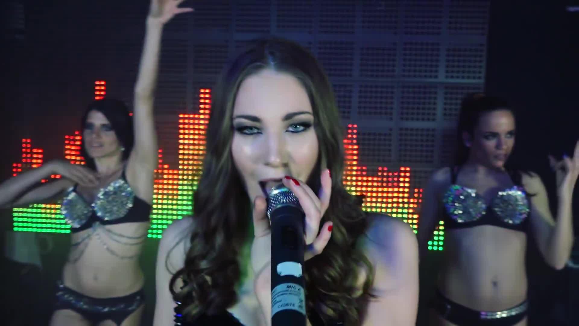 Скачать Micaela Schäfer & DJ Squizz feat. Vivienne Baur